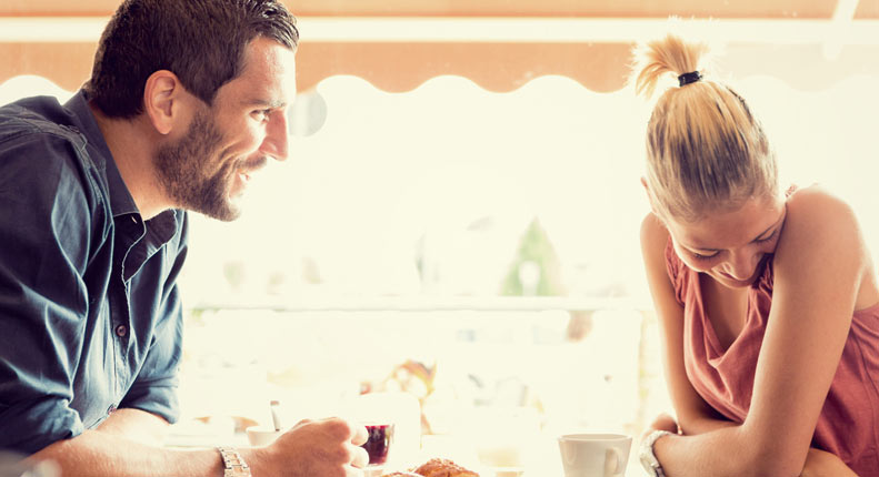 How to tell if a girl is into you online dating
